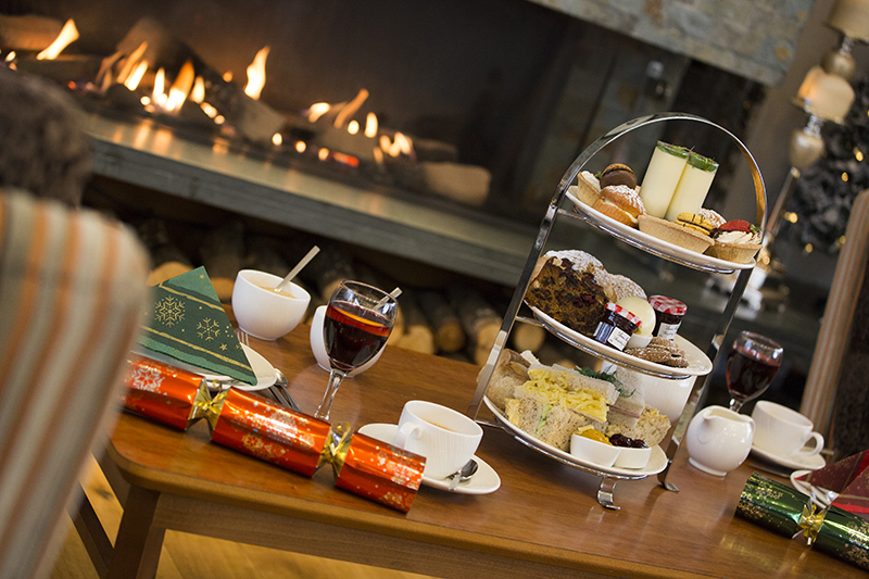 Live Music & Festive Afternoon Tea at Inn on the Lake